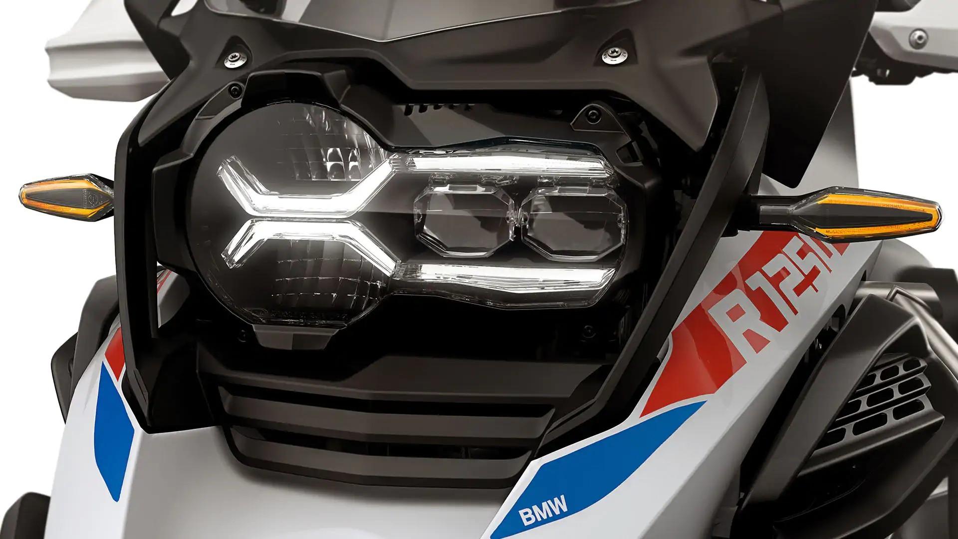 Світлодіодні вказівники повороту з функцією Cruising Light