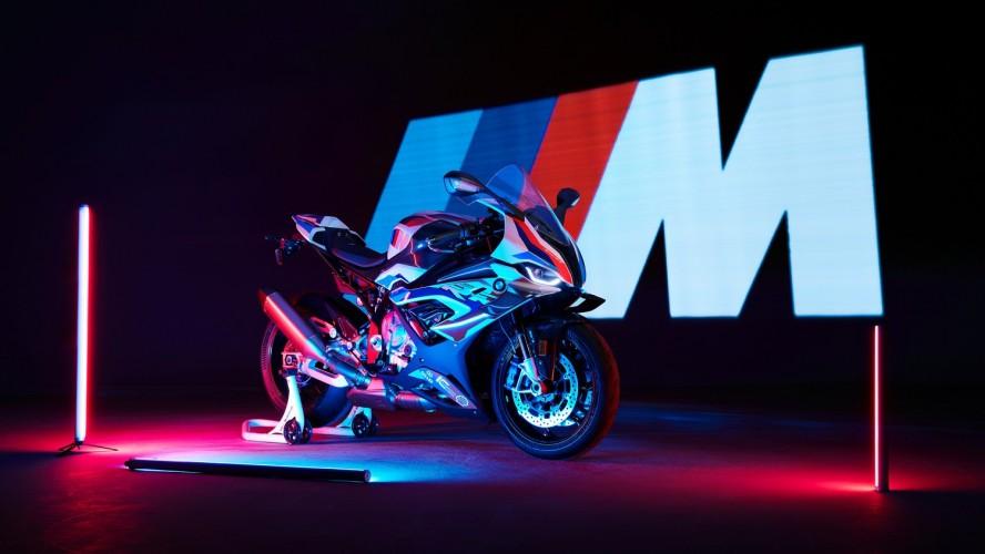 Новий супербайк BMW M 1000 RR